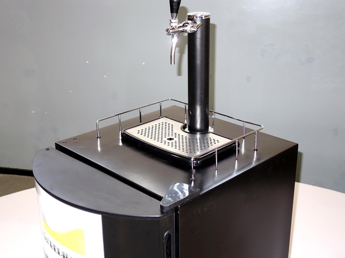 Aufbau Eines Kühlschrank : Zapfanlage bierkühlschrank mieten eventagentur berlin