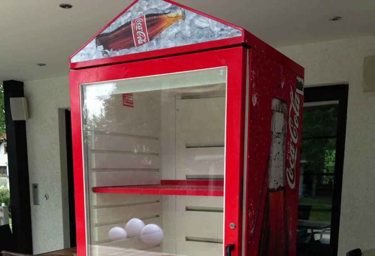Kühlschrank Coca Cola : Coca cola kühlschrank mieten preiswerter kühlschrank verleih.