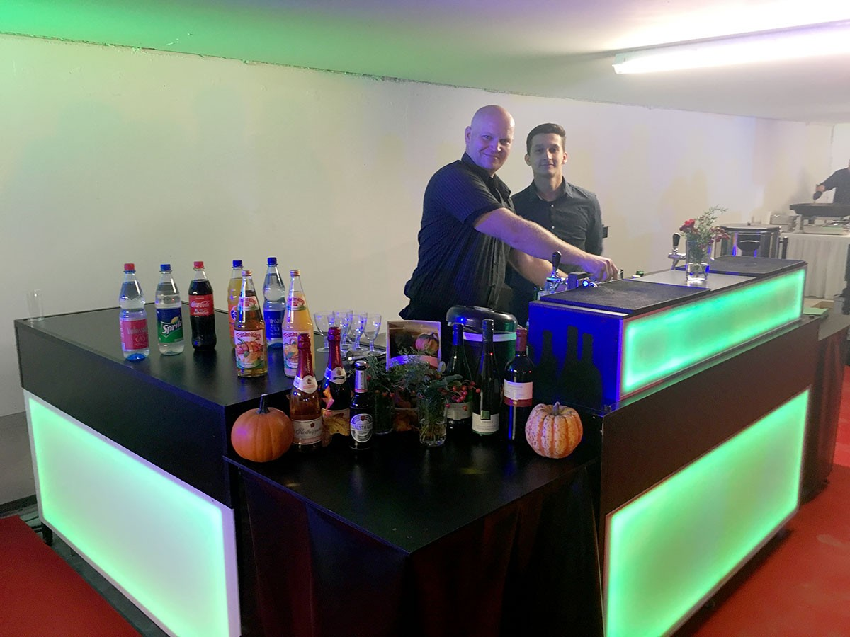 Bar mieten   Bartresen inkl. Vollservice   Bar Verleih für Events