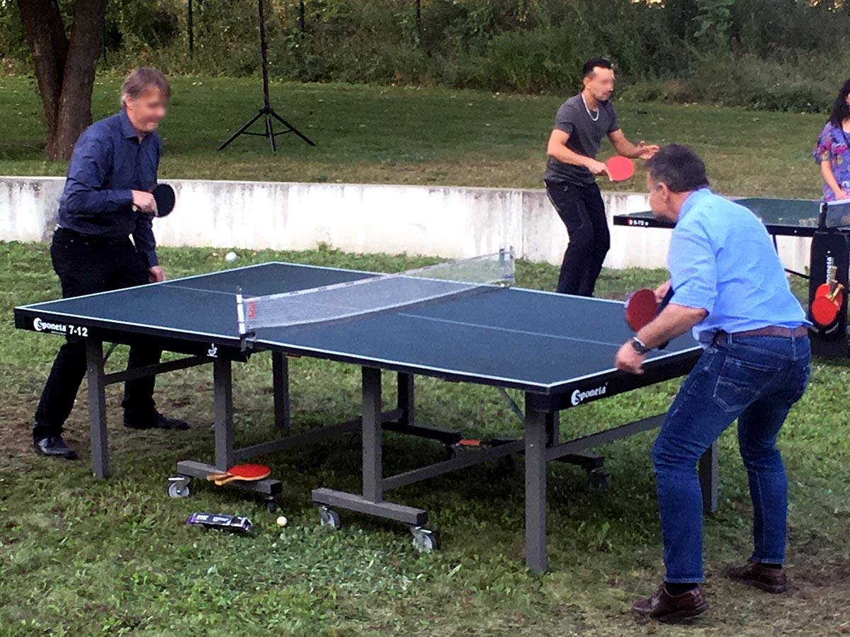 tischtennisplatte mieten | inklusive kellen | tischtennis verleih