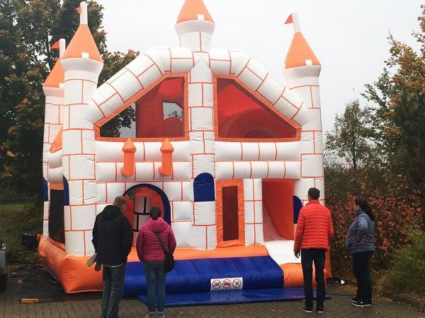 Hüpfburg Partyschloss