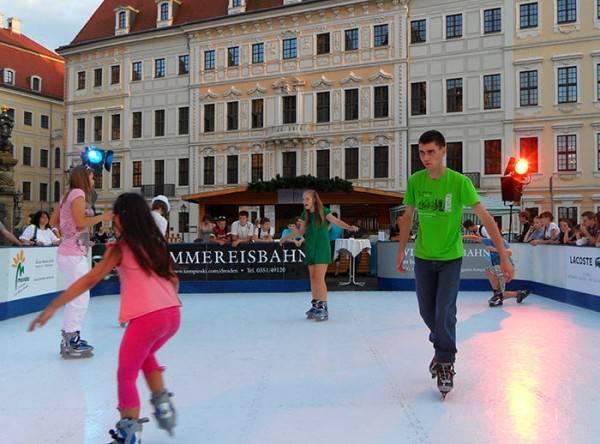 Kunst - Eisbahn