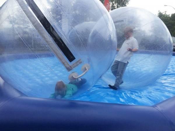 XXL Wasserbälle + Pool ohne Wasser