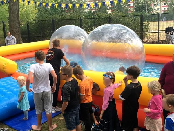 XXL - Wasserbälle + Pool