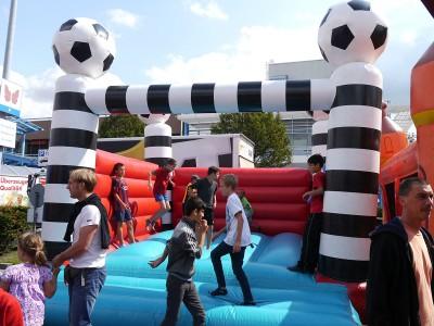 Hüpfeburg Fußball