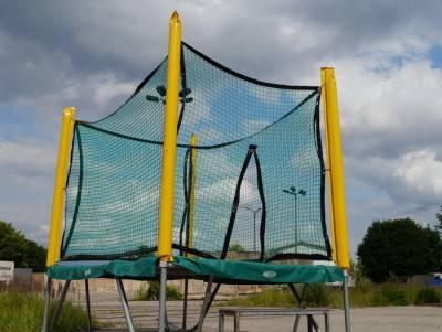 Trampolin mit Schutznetz