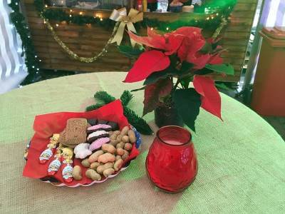 Weihnachtliche Tischdeko 10x