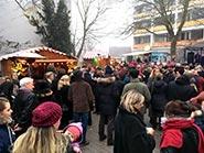 Weihnachtsmarktbude mit Crepes